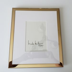 Nicole Miller Home 5x7 Matted Frame
